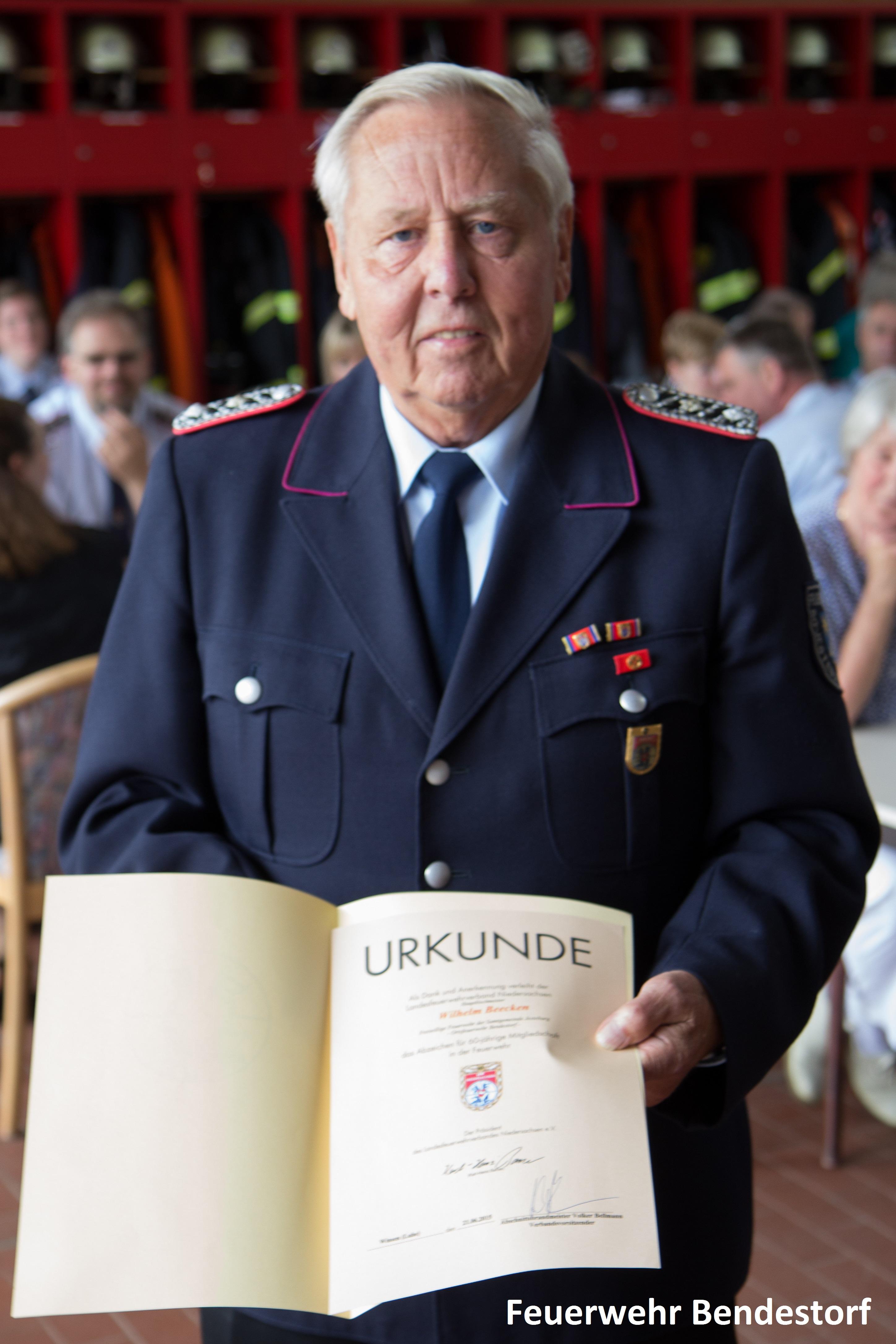 Ehrenabteilung 60 Jahre Beecken Urkunde